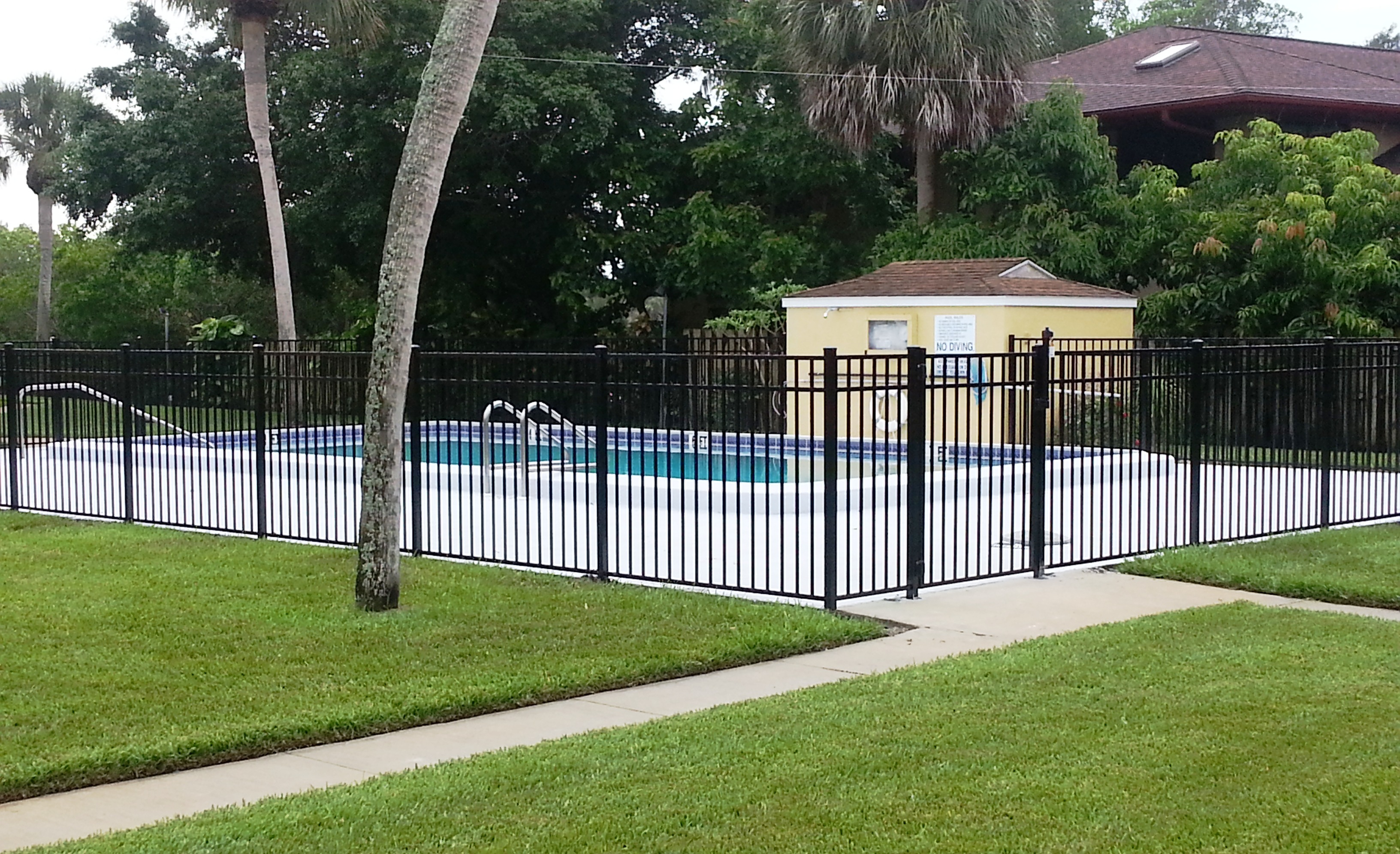 Hoa And Condo Fence Ironman Pool Fence